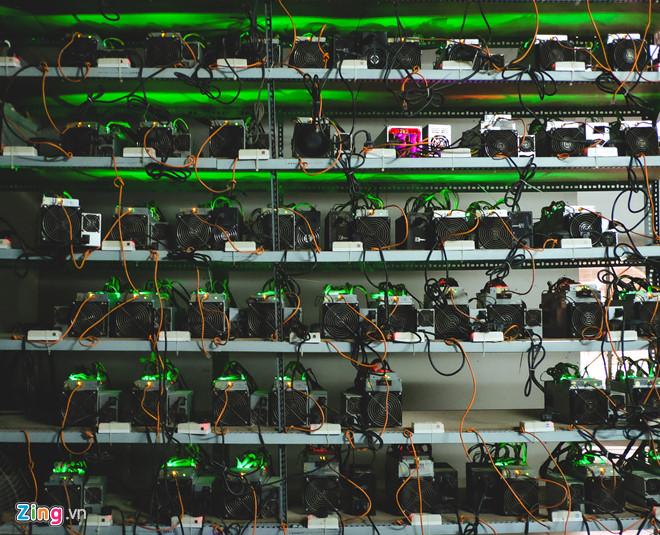 Bitcoin lên giá khiến máy đào cũng rục rịch tăng theo từ 10-15%.