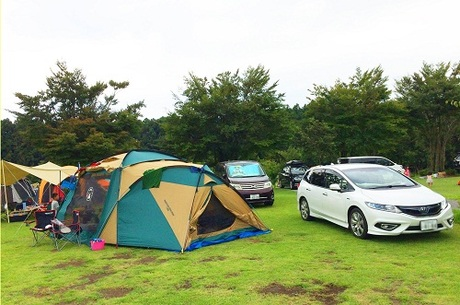 Auto camp tiện lợi khi bạn có thể đỗ và hạ trại ngaybên cạnh xe của mình. Ảnh: Hoài Nam.
